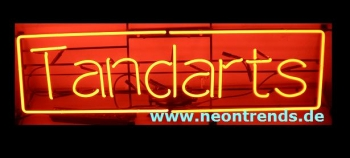 Tandarts Neonreklame Neonwerbung Neon red sign dental